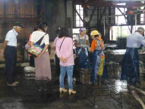 土佐清水の地場産業活性化に向けた宗田節工場見学・体験ツアー