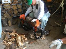 「薪ストーブ用 薪」で林業関係者の所得向上と障害者の働く場を創出。「黒潮薪本舗プロジェクト」